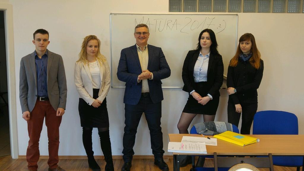 matury, matury 2017, moracz, prywatna szkoła w sulejówku, liceum w sulejówku, szkoła imienia Moraczewskich w Sulejówku,